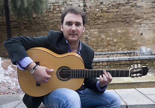 Entrevista al guitarrista José Tomás Jiménez, primer premio de Guitarra de Concierto en el X Certamen de Jóvenes Flamencos de Córdoba. Foto: Toni Blanco.