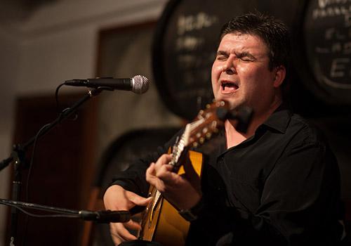 Ricardo Fernández del Moral en la Peña Flamenca 'El Lucero' de Montilla. Foto: Miguel Valverde.