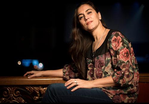 Rafaela Carrasco en uno de los instantes de la entrevista en el Gran Teatro de Córdoba. Foto: Miguel Valverde.