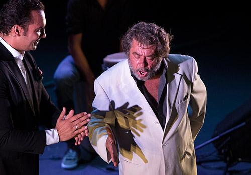Juan Moneo 'El Torta' y Jesús Méndez en una reciente actuación en el Teatro Central de Sevilla. Foto: Miguel Valverde.