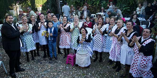 Zambomba Jerezana celebrada en el Patio de las Campanas de Córdoba. Foto: Miguel Valverde