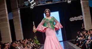 Pasarela de moda flamenca a beneficio de la Bolsa de Caridad de la Hermandad del Rocío de Jerez. Foto: SIC Fotógrafos.