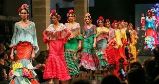 Colección 'Mirando al frente' de Flamenca Pol Núñez en la Pasarela Flamenca de Jerez 2016. Foto: SIC Fotógrafos.
