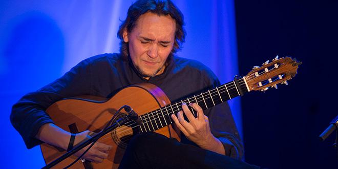 Vicente Amigo será uno de los artistas que participen en la Bienal de Flamenco 2016. Foto: Miguel Valverde.