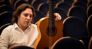 Francisco Prieto 'El Currito, ganador del Premio de Guitarra del Concurso Nacional de Arte Flamenco de Córdoba. Foto: M. Valverde.