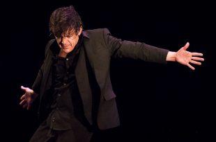 El bailaor José Barrios, en el estreno de 'Reditum. Bailando Flamenco' en el Teatro Góngora de Córdoba. Foto: cordobaflamenca.com