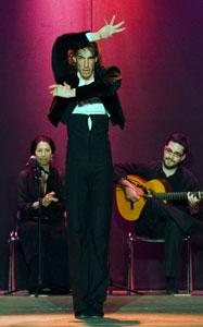 Hugo López, bailaor de flamenco de Córdoba