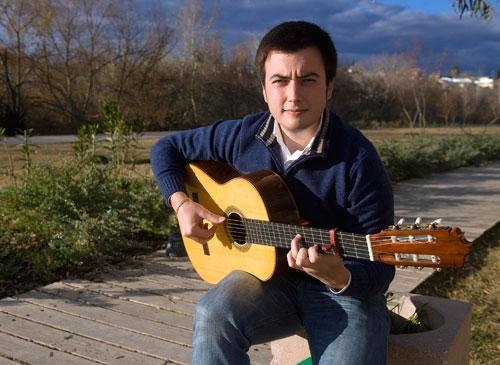 Rafael Trenas 'Hijo',guitarrista de flamenco de Córdoba