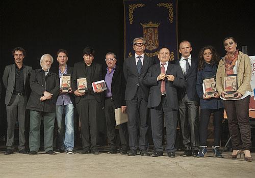 Ganadores y jurado de la final del Certamen de Jóvenes Falmencos de Córdoba 2012. Foto: Toni Blanco.
