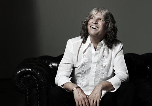 José Mercé presenta en Córdoba su disco 'Mi única llave'.