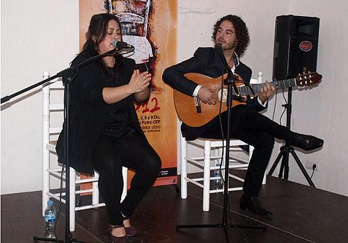 José Luis Medina y 'La Divi', en el ciclo 'Matinales Flamencas' del Centro Flamenco Fosforito.