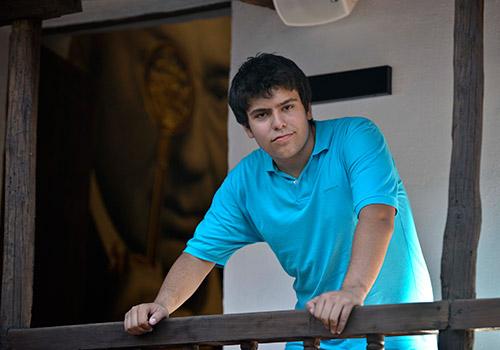 El joven cantaor presenta esta semana su primer trabajo discográfico 'Desde mi cuna'. Foto: Toni Blanco.
