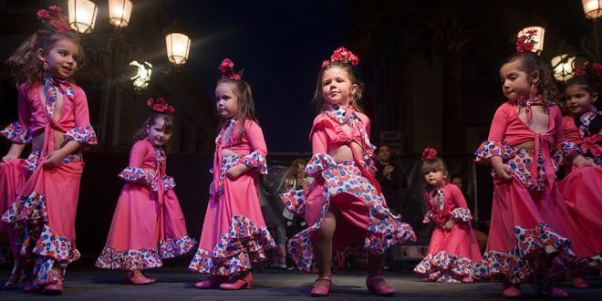 Certamen de Academias de Baile Flamenco de Córdoba. - Flamenco en Córdoba - Fiesta de las Cruces - Baile Flamenco - Flamenco en la calle - mayo festivo en córdoba - cruces de córdoba