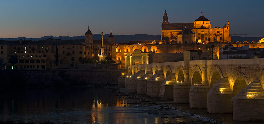 Puente Romano y Mezquita de Córdoba. Foto: Toni Blanco.