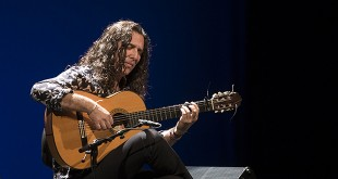 tomatito, guitarrista de flamenco - guitarra flamenca - concierto de tomatito en córdoba - festival de la guitarra de córdoba
