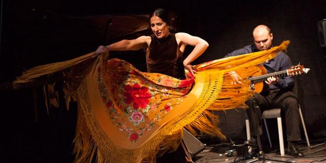 Santiago Lara y Mercedes Ruiz en su espectáculo 'Flamenco Tribute to Pat Metheny' en el I Flamenco Eñe. Foto: Jesús Domínguez.