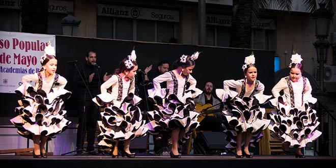 Mayo Festivo en Córdoba- Certamen de Academias de Baile