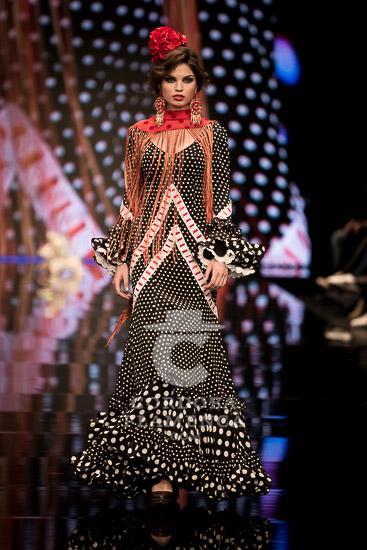 Simof 2018 - Aurora Gaviño - Moda Flamenca - Trajes de Flamenca