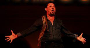 José Valencia - cante flamenco - cantaor - Bienal de Flamenco - Sevilla.