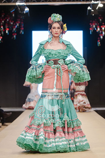 Pasarela Flamenca de Jerez 2018 - Violeta Monís - Trajes de Flamenca - Moda Flamenca 2018