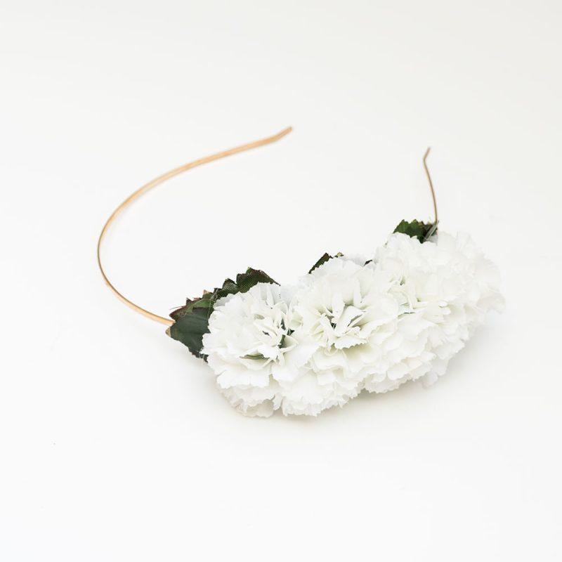 Semicorona infantil de flamenca - Semicorona de flamenca de flores - Complementos de flamenca de flores - Complementos de flamenca de claveles - Complementos de flamenca hechos a mano - Complementos de flamenca de flores -