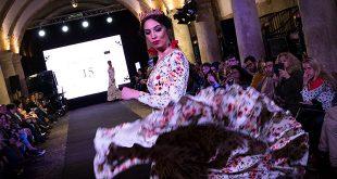 Flamenco Ecuestre Córdoba - Moda Flamenca en Córdoba - Pasarela Flamenca en Córdoba - Caballerizas Reales - Córdoba Ecuestre