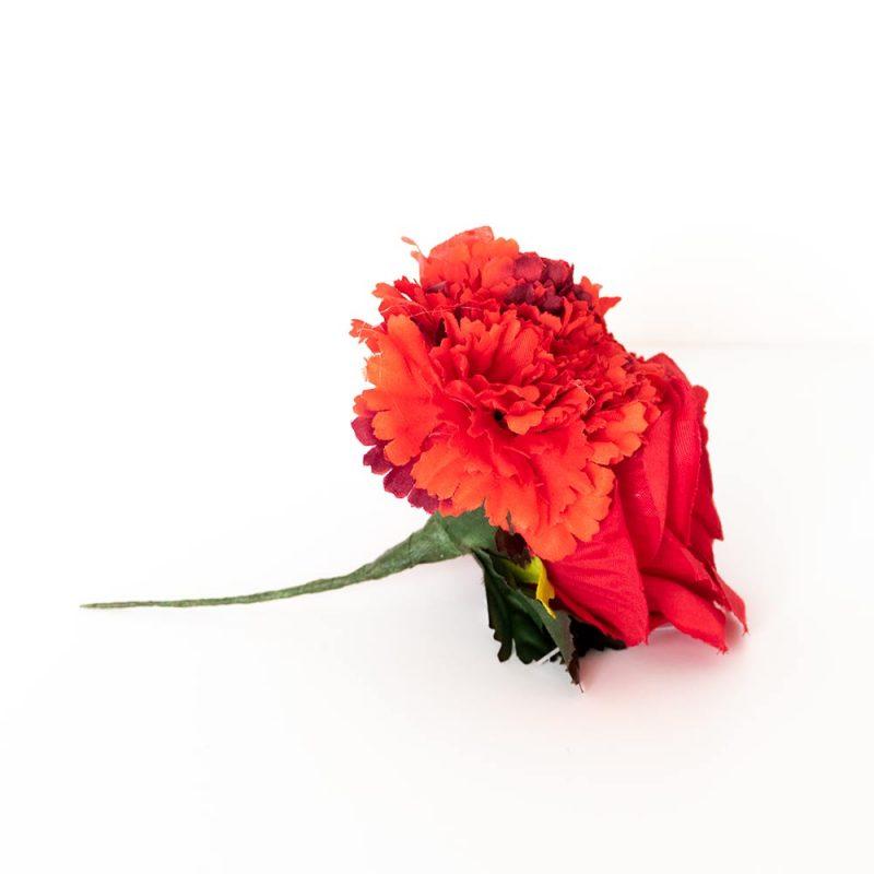 Ramillate de flores. Flores de Flamenca. Ramillete de claveles y rosas - Moda Flamenca 2019 - Flores de Flamenca 2019 - Complementos de Flamencas 2019 - Flores de flamencas artesanales