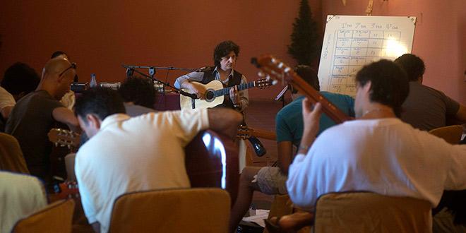 Curso de Guitarra Flamenca de Juan Manuel Cañizares en el Festival de la Guitarra de Córdoba. Foto: Toni Blanco.