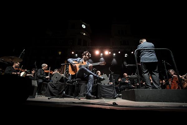 Daniel Casares y Orquesta de Córdoba en la Plaza de las Tendillas: Foto: M. Valverde.