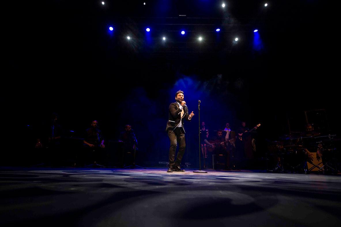 Miguel Poveda en Concierto - Córdoba - Festival de la Guitarra de Córdoba - Enlorquecido