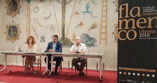 Mª Angeles Carrasco, Jose Mª Villalobos y Antonio Zoido., en el acto de presentación de la III Feria de Industrias Culturales del Flamenco de Utrera. Foto: cordobaflamenca.com