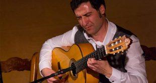 Guillermo Salinas, guitarrista flamenco. Foto: cordobaflamenca.com