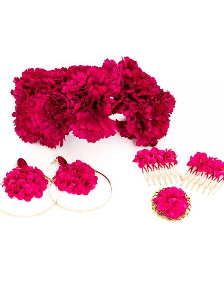 Conjunto de flamenca - Complementos de Flamenca 2019 - Peinecillos y pendientes de flamenca - Flores de Flamenca - Broche de flamenca - Pendientes de flamenca dorados - Accesorios de Flamenca - Claveles de tela - Tocado de flamenca - Tocado de flores - Pendientes de flamenca hechos a mano - Pendientes de Flamenca originales - Semicorona de claveles - Semicorona de flores