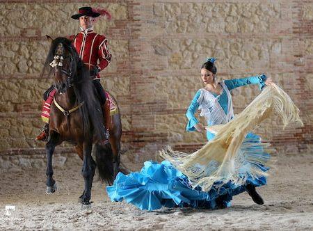 Córdoba Ecuestre - Espectáculo Ecuestre en Córdoba - Espectáculo Caballerizas Reales de Córdoba - Ecuestrian Show - Caballos en Córdoba - Caballos bailando flamenco - Pasión y Duende del Caballo Andaluz - Caballerizas Reales de Córdoba - Espectáculo de Caballerizas Reales - Cabalcor