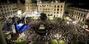 Vista panorámica de la Plaza de las Tendillas durante la acutación del Ballet Flamenco de Andalucía. Foto: M. Valverde.