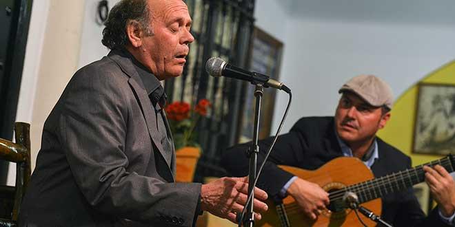 El cantaor Rafael Ordóñez, y el guitarrista Rafael 'Chaparro Hijo' serán dos de los artistas participantes en el ciclo. Foto: Delegación de Cultura del Ayuntamiento de Córdoba.
