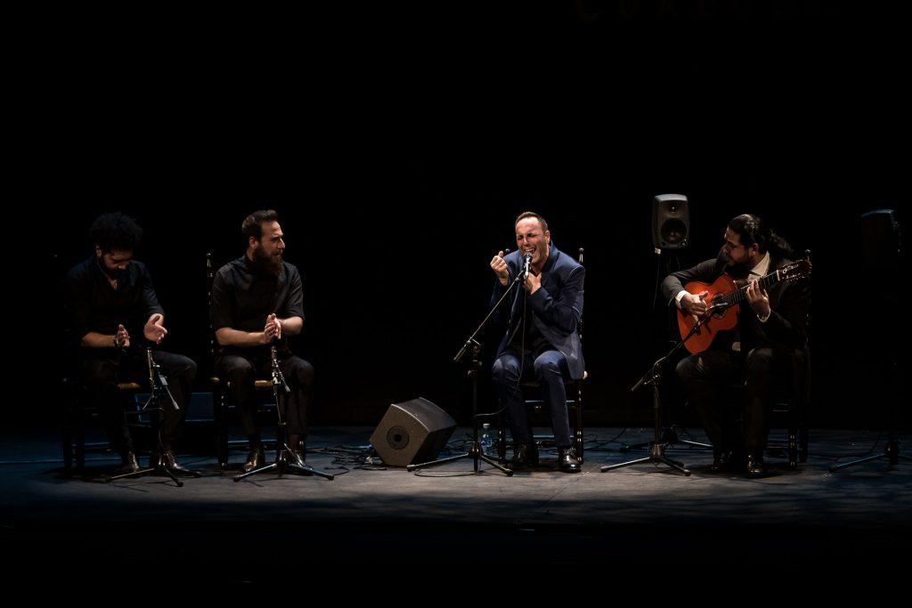 Enrique Afanador, en la final de Cante del Concurso Nacional de Arte Flamenco de Córdoba 2019. Foto: M. Valverde.