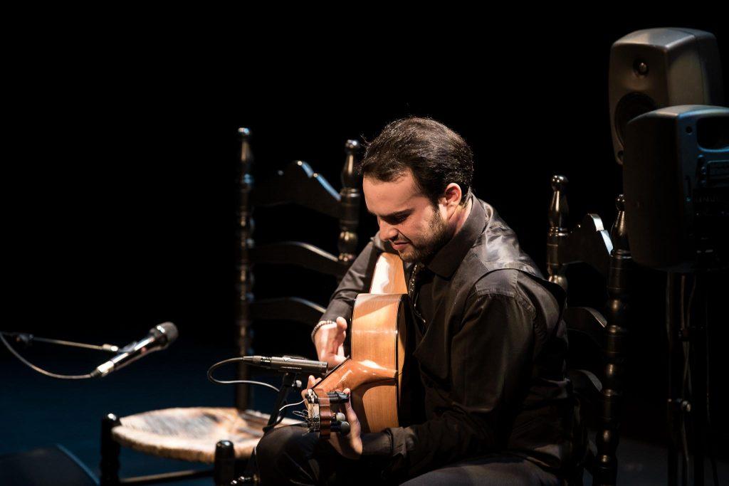 El guitarrista José Fermín Fernández en la final del Concurso Nacional de Arte Flamenco de Córdoba 2019. Foto: M. Valverde.