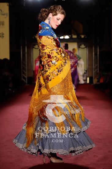 Nueva colección del modisto Rafa Díaz y la firma de mantones Juan Foronda en la pasarela de moda flamenca We love Flamenco 2020. Foto: Chema Soler.