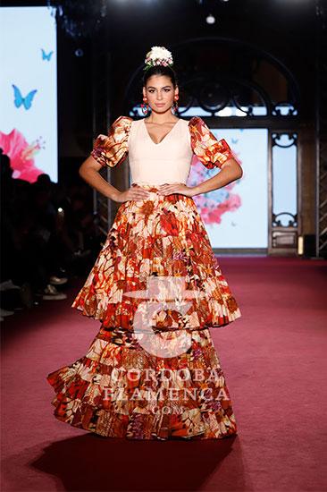 Nueva colección de la diseñadora Alba Calderón en la pasarela We love Flamenco 2020. Foto: Chema Soler.