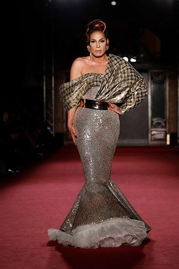 Nueva colección de moda flamenca del diiseñador Antonio Arcos en We love Flamenco 2020. Foto: Chema Soler.