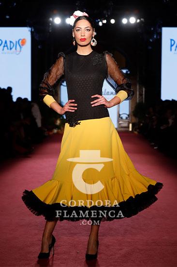 Nueva colección de moda flamenca de la firma 'Engalaná' en la pasarela We love Flamenco 2020. Foto: Chema Soler.