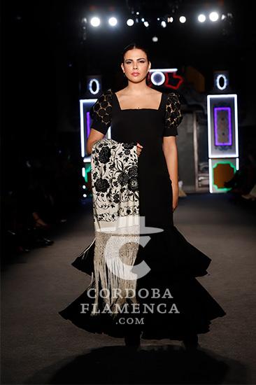 Nueva colección de trajes de flamenca de José Hidalgo en We love flamenco 2020. Foto: Chema Soler.