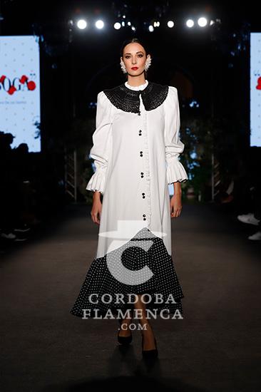 Nueva colección de moda flamenca de Laura de los Ángeles. Foto: Chema Soler.