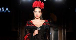 Nueva colección de moda flamenca de la diseñadora Rosa León en la pasarela We love Flamenco 2020. Foto: Chema Soler.