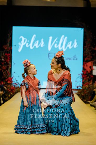 Nueva colección de trajes de flamenca de Pilar Villar 'El Arconcito' en la Pasarela Flamenca de Jerez 2020. Foto: Cristian Cantizano.