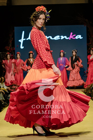 Nueva colección de trajes de flamenca de la firma Flamenka en la Pasarela Flamenca de Jerez 2020. Foto: Christian Cantizano.