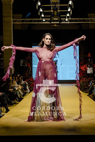 Nueva colección de trajes de flamenca de Latate en la Pasarela Flamenca de Jerez 2020. Fotos: Christian Cantizano.