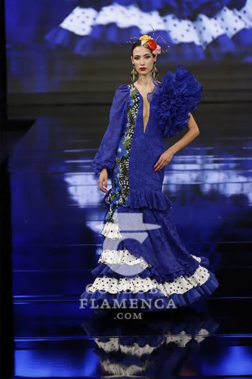 Nueva colección de trajes de flamenca de Carmen Latorre en Simof 2020. Foto: Chema Soler.