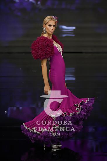 Nueva colección de trajes de flamenca de Teressa Ninú en Simof 2020. Foto: Chema Soler.
